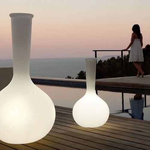 Muebles Nina / Iluminacion exterior